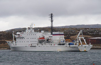 Akademik Ioffe - in the Falkland Islands
