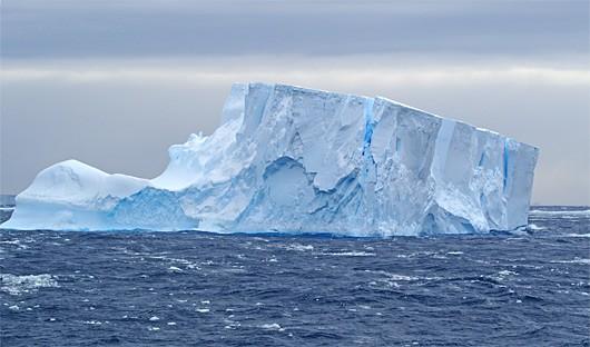 antarctica-at-sea