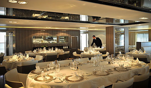 L'Austral and Le Boreal dining