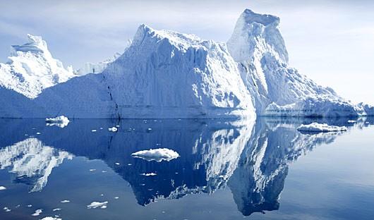 iceberg-antarctica
