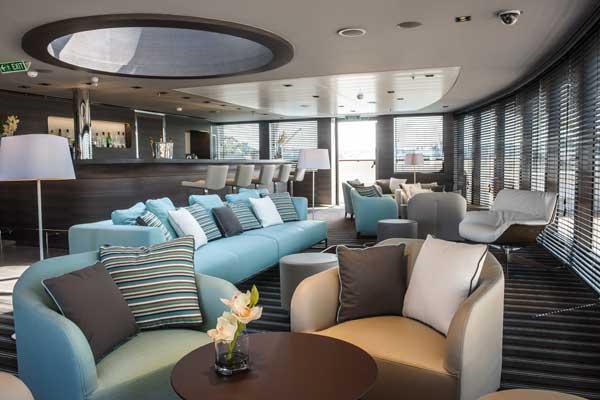 Le Soleal bar Antarctic luxury ship
