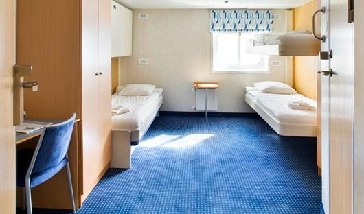 Ocean Nova twin cabin