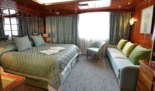 Hebridean Sky Promenade Suite