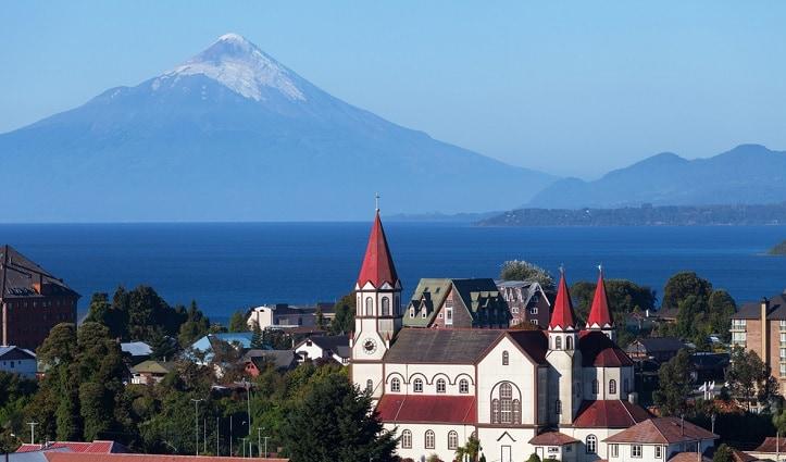 puerto-varas-orsono-volcaon-lakes-district-chile