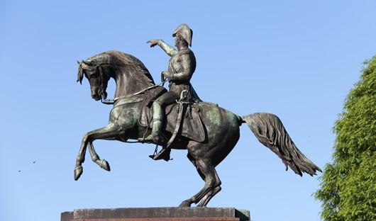 the-monument-to-the-liberator-of-argentina-jose-de-san-martin