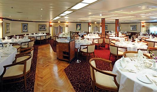 Island Sky Dining Room