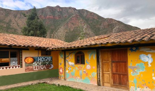 Sol Y luna School