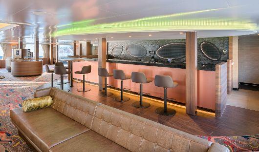 Hondius, Observation lounge bar
