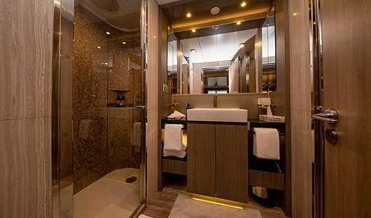 Deluxe Suite Bathroom World Explorer
