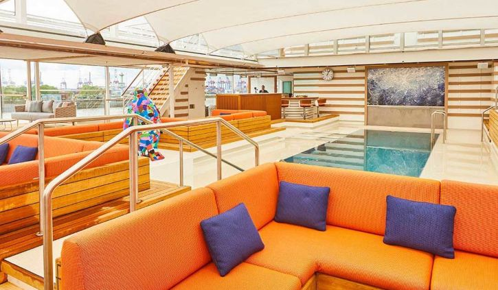 Pool-bar hanseatic inspiration