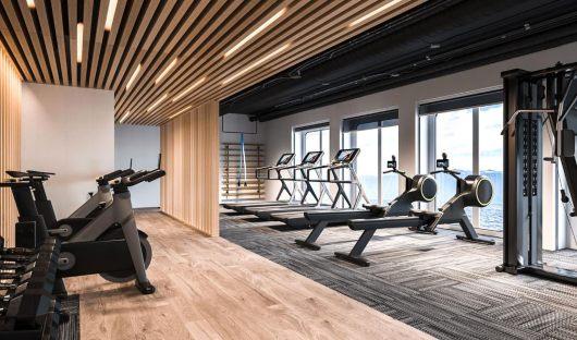 Quark, Ultramarine, Fitness Centre