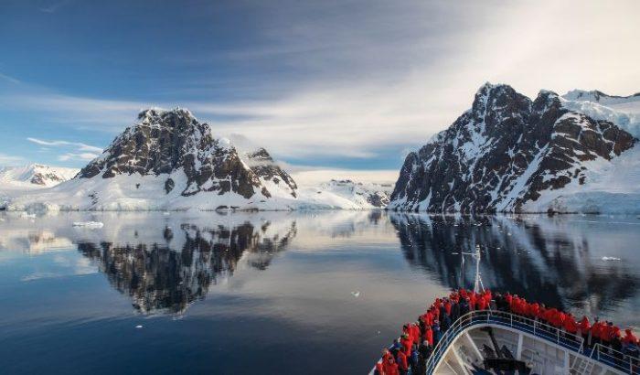 EX8935 Antarctica silversea only