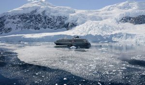 World Explorer in Ice