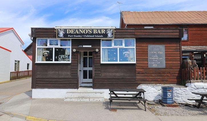 Deano's Pub - Stanley, Falklands