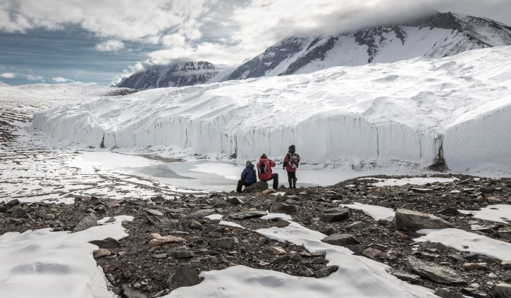 Oceanwide Expedition Dry Valley, Taylor Valley ross Sea