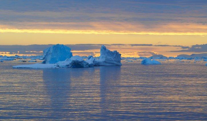 Iceberg, Lindblad Cover